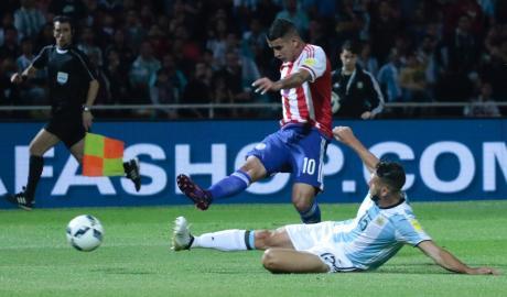 Argentina 0-1 Paraguay: Dấu hiệu của khủng hoảng