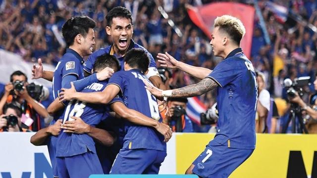 Thái Lan 2-0 Indonesia (Chung kết lượt về AFF Cup 2016)