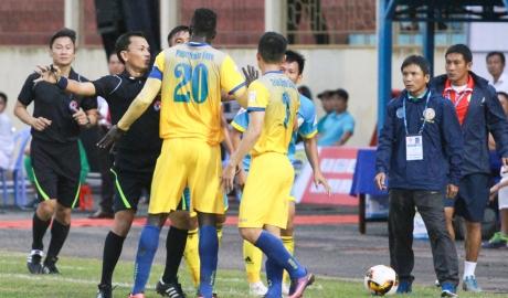 FLC Thanh Hoá doạ bỏ V.League, VFF quyết không nhân nhượng