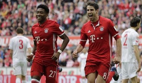 """Vòng 23 Bundesliga: Bayern thắng nhàn, Dortmund """"đánh tennis"""""""