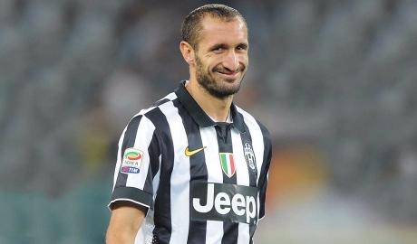 """Chiellini: Đừng mơ Juventus """"chơi đẹp"""""""