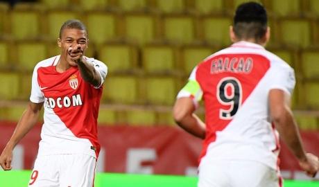 Cuộc đua vô địch Ligue 1: Cờ đến tay Công quốc