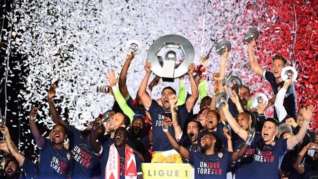 Giây phút lên đỉnh Ligue 1 sau 17 năm đằng đẵng của Monaco