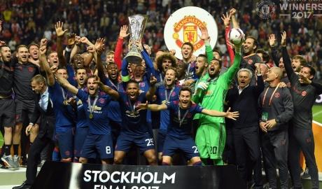 Hạ đẹp Ajax, M.U xuất sắc lên đỉnh Europa League