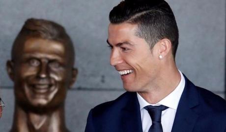 Cris Ronaldo và 12 tháng của những kỷ lục