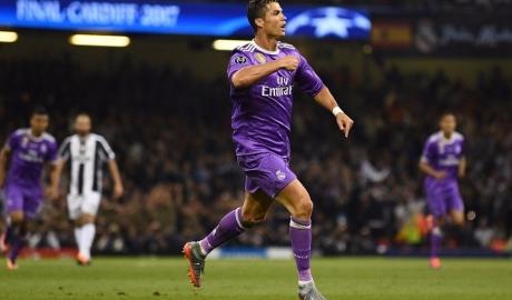 Phá lưới Buffon, Ronaldo đi vào lịch sử Champions League