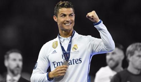 """Đánh bại Messi, Ronaldo thu nhập """"khủng"""" nhất giới thể thao"""