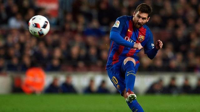 Top 10 pha đá phạt thành bàn đẹp nhất trong sự nghiệp của Messi