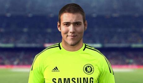 Thủ thành 8 năm là người Chelsea nhưng không bắt lấy... 1 trận