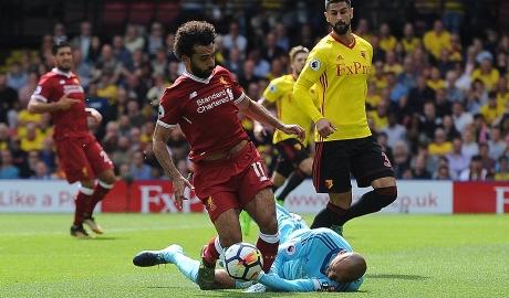 Hàng thủ thảm họa, Liverpool bị cầm hòa siêu kịch tính