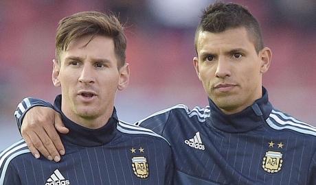 Argentina triệu tập đội hình: Higuain bị loại, Aguero tái xuất