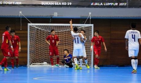 Phung phí cơ hội, Futsal Việt Nam tiếp tục thất thủ