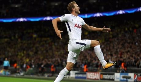 Harry Kane lập cú đúp, Tottenham thoát dớp Wembley