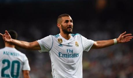 """Real """"trói chặt"""" Benzema cùng điều khoản giải phóng siêu khủng"""