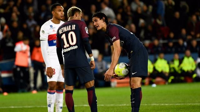 HLV Unai Emery lên tiếng về trách nhiệm đá penalty ở PSG