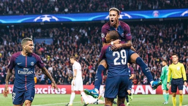 Neymar tỏa sáng rực rỡ, giúp PSG đại thắng giòn giã