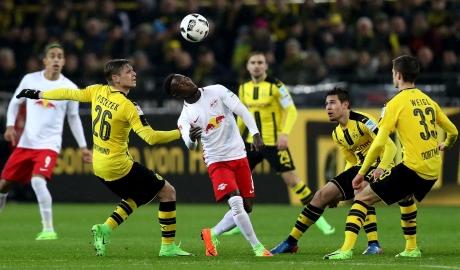 Trước vòng 8 Bundesliga: Tâm điểm Signal Iduna Park