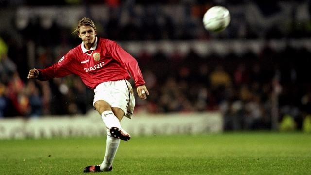 Beckham, Rooney tỏa sáng trong top 10 bàn thắng vào lưới Liverpool