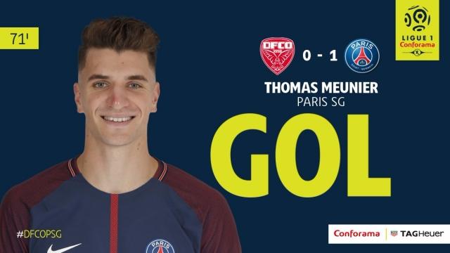 Thomas Meunier đệm lòng chính xác mở tỷ số cho PSG