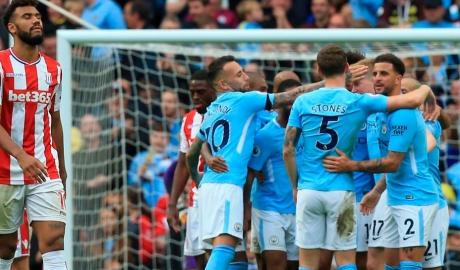 """Vòng 8 Ngoại hạng Anh: Derby thiếu """"lửa"""", Man City dội """"mưa gôn"""""""