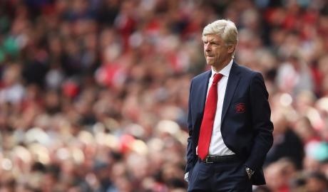 Ở Arsenal, Wenger đang bước đi trong vô vọng