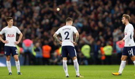 Vòng 4 cúp Liên đoàn: Chelsea hạ Everton, Tottenham thua sốc