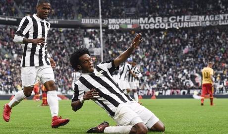 Vòng 12 Serie A: Juventus áp sát Napoli