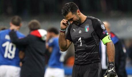 Buffon chia tay Italia: Nước mắt của đời dang dở