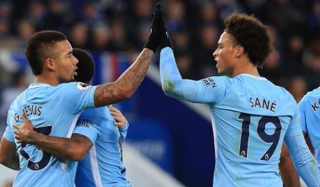 Man City đang 'đá nhờ' ở Ngoại hạng Anh