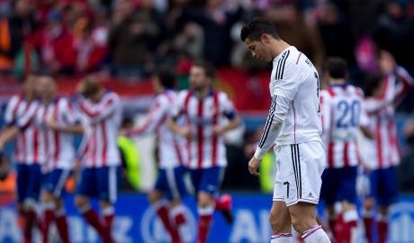 Zidane từng lập kỳ tích cùng Real khi kém Barca 12 điểm