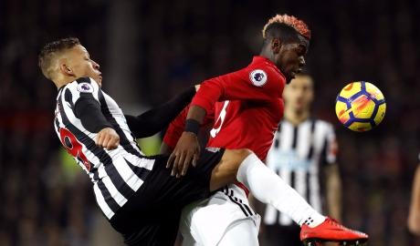 Ferdinand công khai 'ném đá' Pogba
