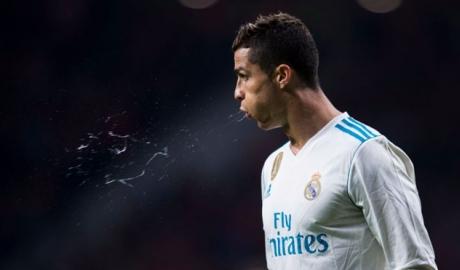 Tuổi 32, Ronaldo vẫn còn sung sức!