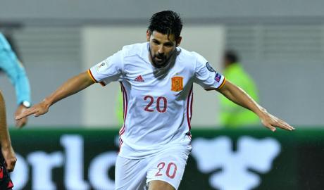 Sao Sevilla phấn khích khi được đối đầu M.U