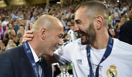 HLV Zidane: Không ai được động đến Benzema