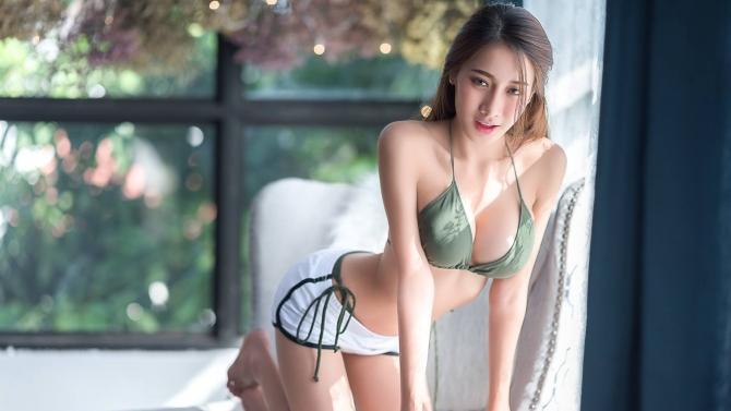 Pichana Yoosuk - Nữ thần gợi cảm số 1 Thái Lan