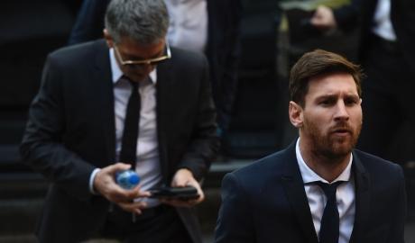 """Bí mật """"động trời"""" đằng sau vụ trốn thuế của Messi"""