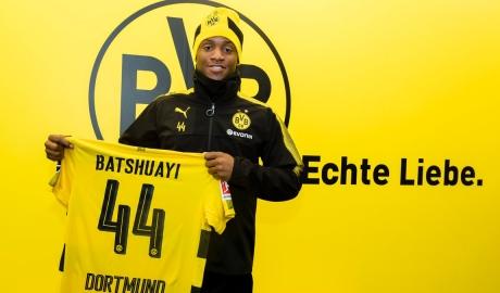 Batshuayi cập bến Dortmund