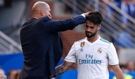 Zidane lên kế hoạch đẩy Isco khỏi Real