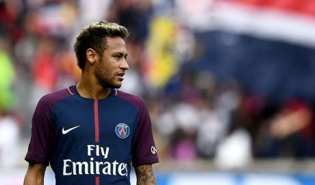 Neymar nguy cơ vắng mặt ở trận gặp Real