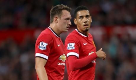 Mourinho ra tay trừng phạt Jones & Smalling
