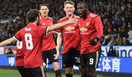 Lukaku lập cú đúp, đưa M.U vào tứ kết Cup FA