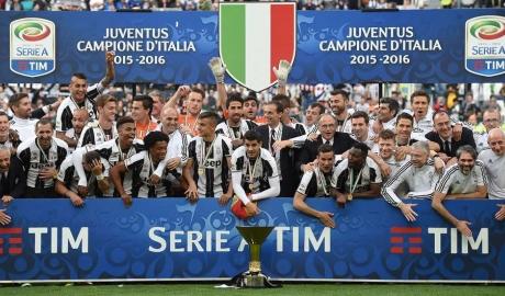 Học theo Premier League, Serie A cũng sẽ đá vào dịp Giáng Sinh