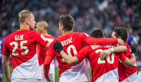 Sau vòng 28 Ligue 1: Lyon 'sa lầy', Monaco bay cao