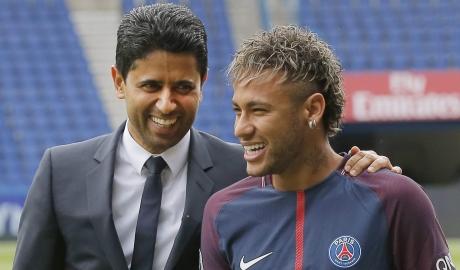Cha đẻ Neymar chặn đường Conte đến PSG