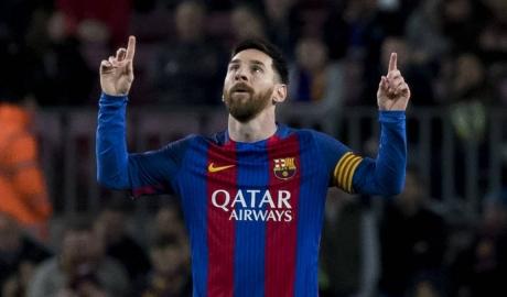 4 CLB đủ khả năng mua lại Messi