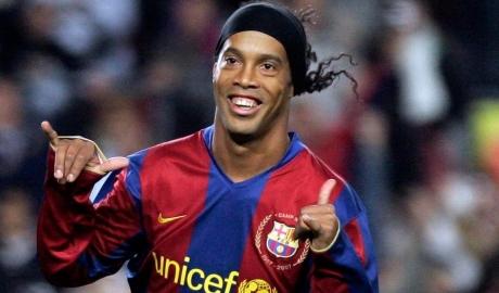 Ronaldinho hé lộ lý do không gia nhập M.U năm 2003