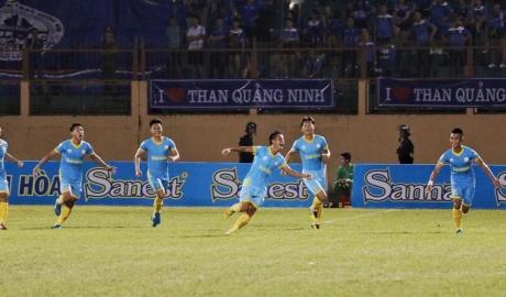 Khánh Hòa cắt mạch bất bại của Quảng Ninh ở V.League 2018