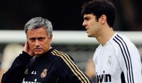 Kaka tiết lộ về mối quan hệ phức tạp với Mourinho