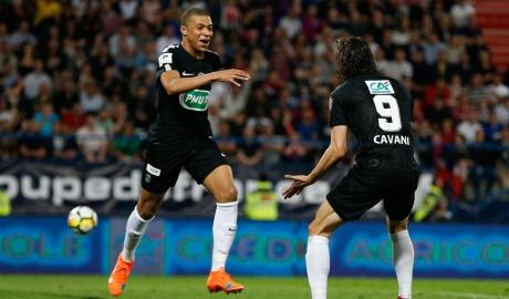 Mbappe lập cú đúp, PSG gặp đội hạng ba ở chung kết Cup quốc gia