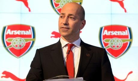 Sếp Arsenal như người mất hồn khi Wenger từ chức
